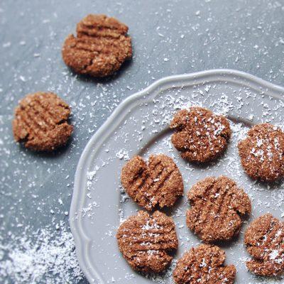 Kekse, Cookies, Cookie Keks, Kokosnuss, Coconut, lecker, rezept, recipe, gesund, abnehmen, vegan, laktose frei, Gluten frei, zuckerfrei, kein Zucker, clean eating, cleaneating, eat clean, genus, healthy, delicious, lecker