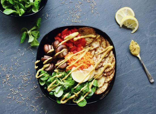 buddha bowl, bowl, Schüssel, Mittagessen, Rezept, Abendessen, lunch, dinner, lecker, delicious, easy, einfach, lecker, healthy, gesund, vegan, glutenfrei, glutenfree, zuckerfrei, ohne Zucker, sugarfree, abnehmen, Gemüse, veggies, vegetables,