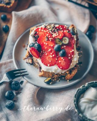 therawberry, blueberries, Blaubeeren, kuchen, bread, loaf, vegan, backen, baking, healthy, whole foods, easy, einfach, diät, lecker, gesund