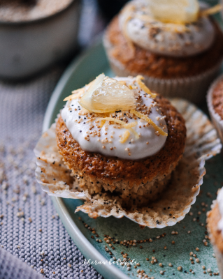vegan lemon and poppy seed muffins therawberry 2